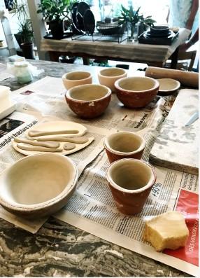 cours de céramique: l'estampage et le moulage